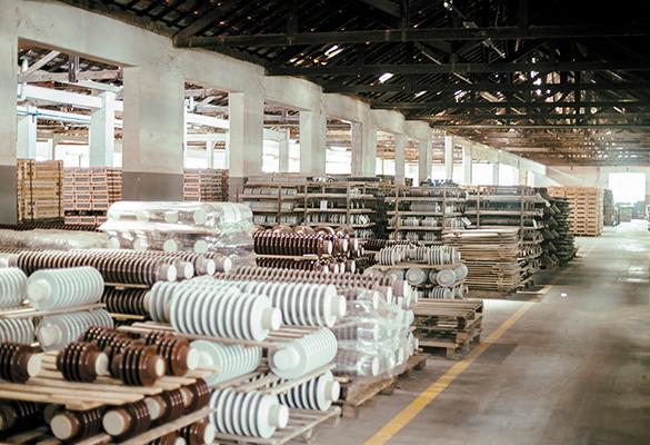 Fábrica de isoladores de porcelana