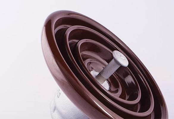 Isolador de suspensão porcelana